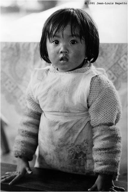 Sichuan - La petite fille du Mont Emei