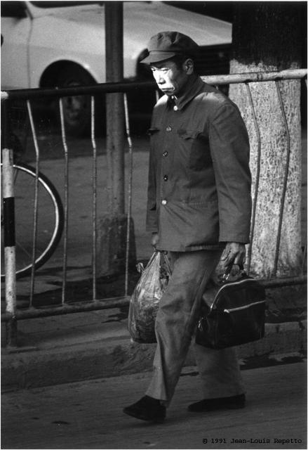 Yunnan - Homme sérieux de Kunming